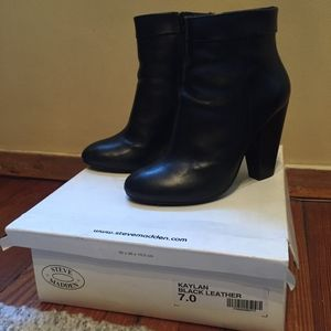 Steve Madden Kaylan Black Leather 7.0 boots